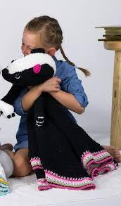 Wolpakket knuffeldeken Saartje het stinkdier