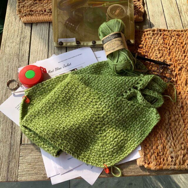 Gestart aan nieuw haakproject: Mont Blanc Jacket bij Lilla Björn. #wolshop #wolwinkel #atelier9a #haken #crochet #breien #knitting #yarn #wol #wool #hakenisleuk #breinisleuk #creatief #hobby #creativity #ontspanning #zen #handmade #crochetdesign #chrochetaddict #chrochetlovers #chrochetersofinstagram #knittingdesign #knittingaddict  #asteneleeft #deinzewinkelstad #lillabjorncrochet #scheepjes